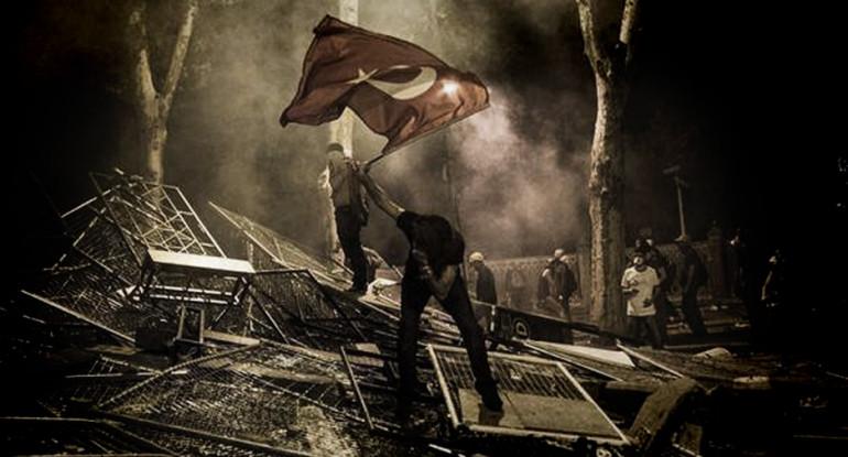 diario di una italiana sulle rivolte di istanbul
