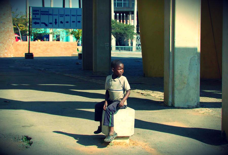 Soweto. Un bambino in attesa